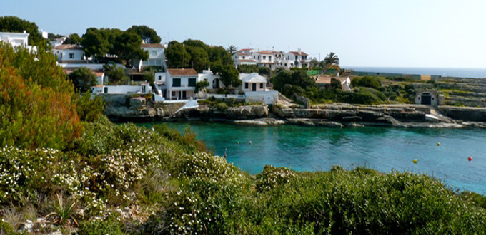 Walking in Menorca along the  Cami de Cavalls