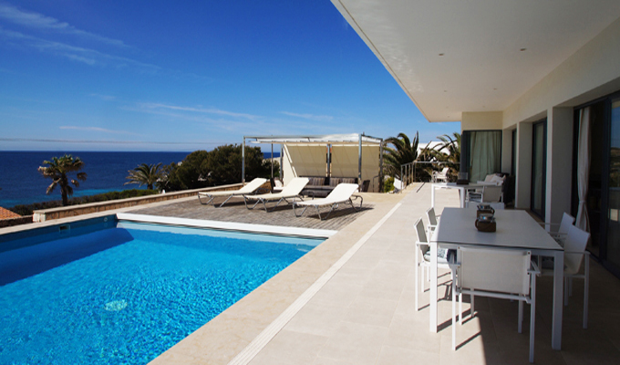 Villas to Rent in Menorca with Private Pools